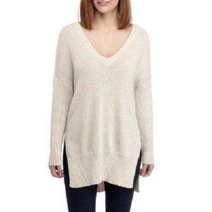 BB Dakota Warm V-Neck Wide Ribbed Sweater Size 4